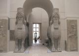 Musée du Louvre, porta del palazzo di Sargon II a Khorsabad, scavi di Paul Emil Botta 1842-1844